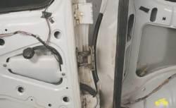 нива шевроле регулировка двери багажника